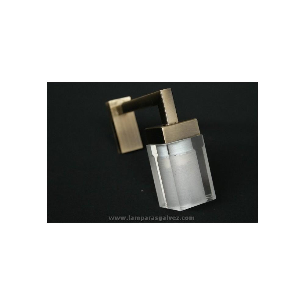 Aplique pinza espejo lamparas galvez for Apliques para bano baratos