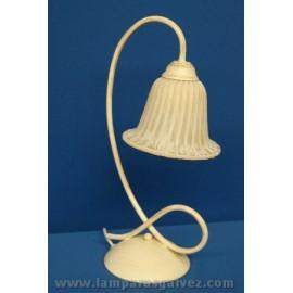 Lámpara de Sobremesa de Forja con Tulipa Difuminada de Cristal