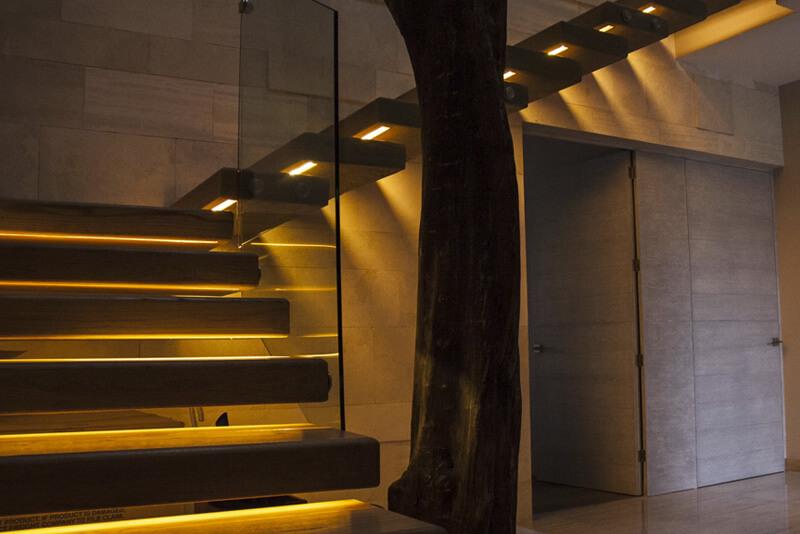 Iluminación para las escaleras