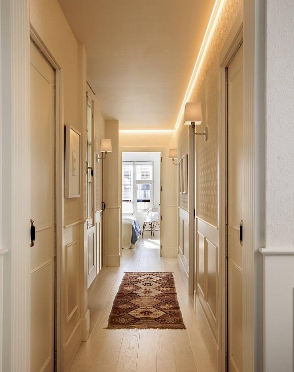 Iluminación de pasillos estrechos