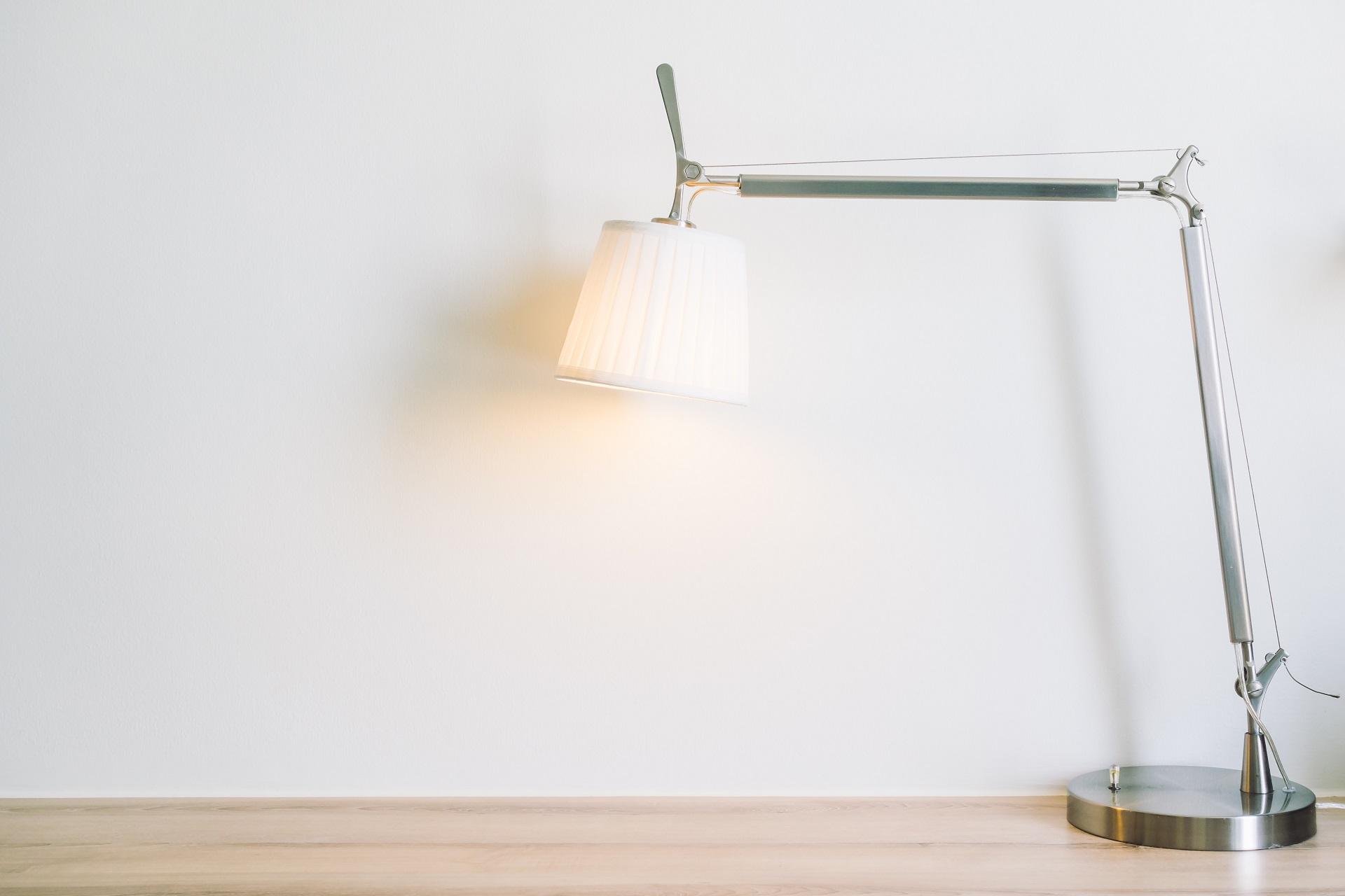 Lámparas para mesa de rincón al mejor precio